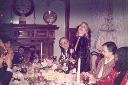 Stefani en una reunión familiar en Villa Luro (Gentileza, Blog Flores blanca para Telma)