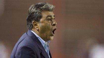 Carlos Reinoso, ex técnico de América, fue acusado por Faustino Asprilla de arreglar partidos en la Liga MX
