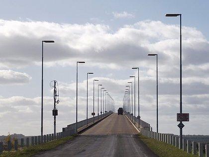 """El gobernador Gustavo Bordet dialogó con el ministro del Interior, Eduardo """"Wado"""" De Pedro, para trabajar en la habilitación de todos los pasos fronterizos que tiene Entre Ríos con Uruguay"""