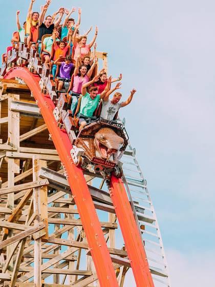 En un comunicado de prensa, el presidente y CEO de Six Flags Entertainment Corporation, Mike Spanos, discutió los pasos que los parques de diversiones están adoptando durante el brote en curso (Instagram: sixflags)