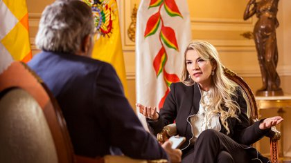 Jeanine Áñez recibió a Infobae en su despacho del Palacio del Quemado (Fotos: Julio González)