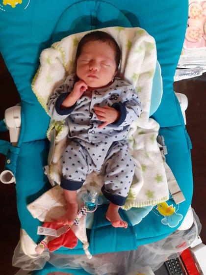 Isabella, la beba que nació unos días antes de que se anunciaran los primeros infectados en Argentina.