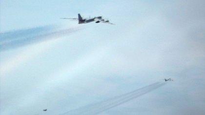 Bombarderos Tu-95 de Rusia frente a la costa de Alaska el 20 de mayo de 2019