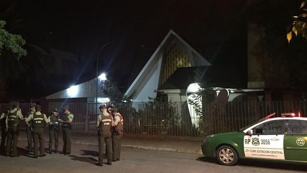 Los ataques ocurrieron en los municipios de Estación Central, Recoleta, Peñalolén y Santiago Centro (Foto: Andrés Herrera)