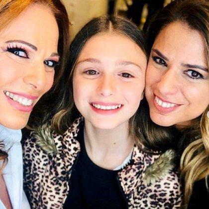 Mía, junto a Iliana y Marina (Instagram)