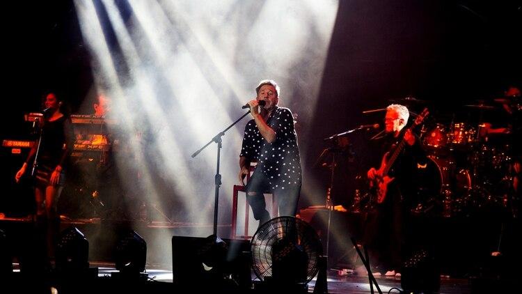 Montaner, durante su show en el Festival de Villa María; el 14 de febrero, Día de los Enamorados, se presentará en el Luna Park (Thomas Khazki)