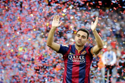 Xavi Hernández, la leyenda del Barcelona que se transformó en DT, es el que tiene más aceptación entre la dirigencia y los jugadores (REUTERS/Gustau Nacarino)