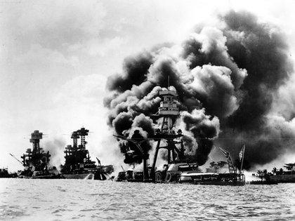 El ataque japonés a Pearl Harbor (AP)
