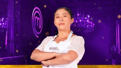Isabel fue la eliminada de la noche, ya no pudo continuar con el tirmo exigente de MasterChef (Foto: Cortesía TV Azteca/MasterChef México)