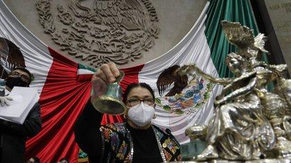 Sauri siempre usa cubrebocas durante las sesiones de la Cámara de Diputados y durante sus actividades en San Lázaro (Foto: Cuartoscuro)