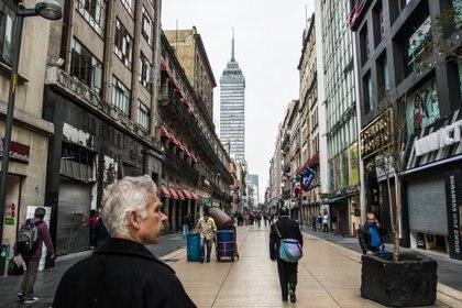 Los comerciantes de la calle Madero son quienes han denunciado extorsiones por hasta 50,000 pesos al mes. (Foto: Cuartoscuro)