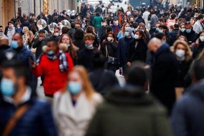 España superó las 60.000 muertes por coronavirus, el cuarto número más alto de Europa, informó la semana pasada el Ministerio de Sanidad (REUTERS)