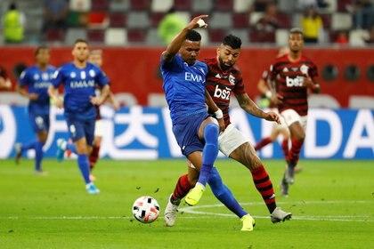El Al Hilal sorprendió al ponerse en ventaja, pero no pudo aguantar en el complemento (Reuters)