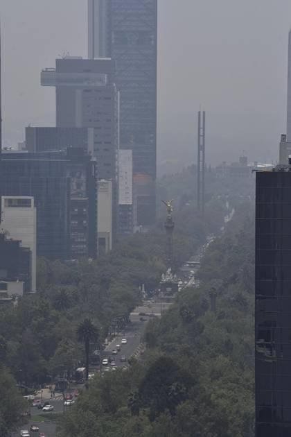 La semana pasada la CdMx vivió días de altos niveles de contaminación (Foto: Cuartoscuro)