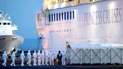 El Diamond Princess, en cuarentena en Japón. Foto: REUTERS/Kim Kyung-Hoon