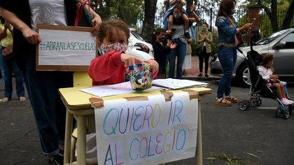 Lanzaron una campaña de firmas para pedir que no se cierren las escuelas