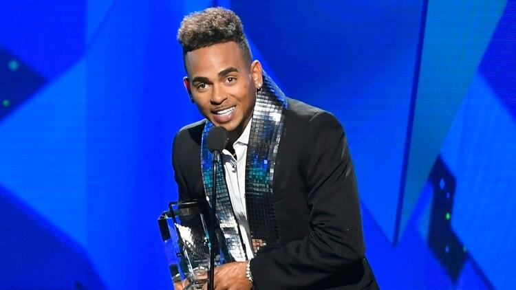 """Ozuna, el """"Negrito Ojos Claros"""" ganó el premio de Artista 'Latin Rhythm' del Año, Solista en los Premios Billboard 2019.(Foto: Bryan Steffy/Telemundo)"""
