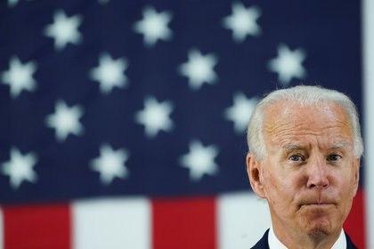 El candidato demócrata Joe Biden hablando en un acto cerrado de la campaña en Wilmington, Delaware. REUTERS/Kevin Lamarque