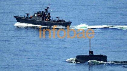 7 de noviembre maniobras de prueba de evasión de lancha antisubmarina en Ushuaia. Una de las ultimas fotos tomadas al submarino durante los operativos con la Flota de Mar antes de su desaparición.