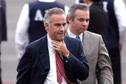 FGR imputará nuevo delito a Juan Collado; juez convoca a audiencia