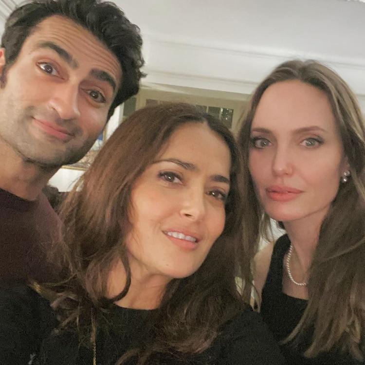 Salma Hayek junto a Angelina Jolie y Kumail Nanjiani. (Foto: Instagram, Salma Hayek)