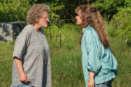 "Glenn Close y Amy Adams, en ""Hillbilly, una elegía rural"" (Foto: Netflix)"