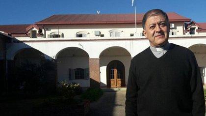 El obispo Ricardo Araya, uno de los firmantes