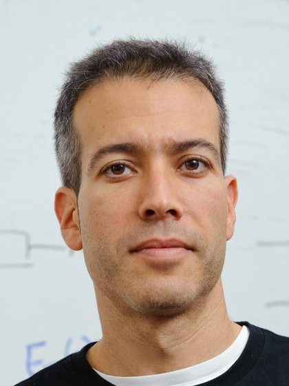 El científico Eran Segal del Instituto Weizmann, es especialista en microbioma, genética, nutrición y aprendizaje automático