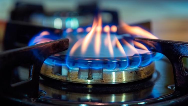 Cuando un artefacto no combustiona correctamente, los gases quedan en el ambiente y eso es lo que produce la intoxicación (Shutterstock)
