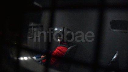 El momento en que Lázaro Báez intentaba ingresar al barrio de Pilar (Franco Fafasuli)