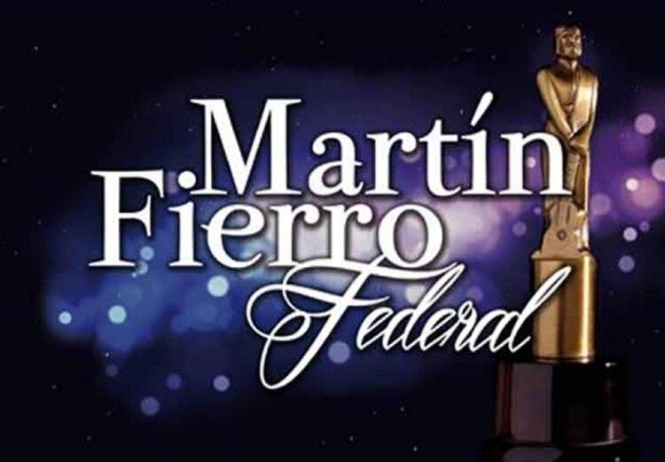 Radiofonia Y Television Argentina Aptra Dio A Conocer La Lista De Los Nominados De Los Martin Fierro Federal 2018 Entrega De Premios Que Se Llevara A