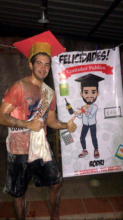 Así quedó Rodrigo tras darle la feliz noticia a sus seres queridos