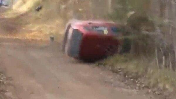 Permalink to El terrible accidente en una carrera de rally que de milagro no terminó en tragedia