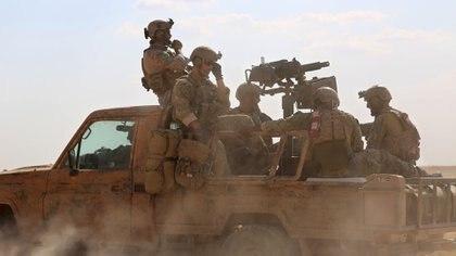 Tropas especiales de EEUU en apoyo de las Fuerzas Democráticas Sirias (AFP)