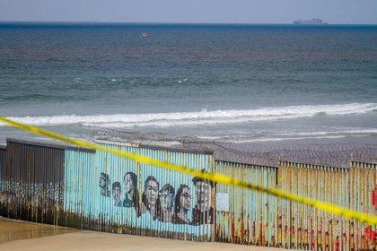 Las caravanas de migrantes centroamericanos, que arrancaron en octubre de 2018, fueron de los primeros problemas que tuvo López Obrador.  (Foto: EFE/ Joebeth Terriquez)