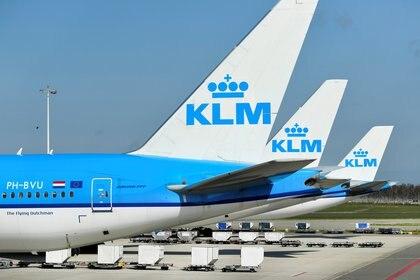 En los próximos meses, KLM planea ampliar su oferta a cinco vuelos semanales (REUTERS/Piroschka van de Wouw/File Photo)