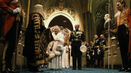 Isabel II de Gran Bretaña y el príncipe Felipe en el Palacio de Westminster en Londres 9 de mayo de 2012