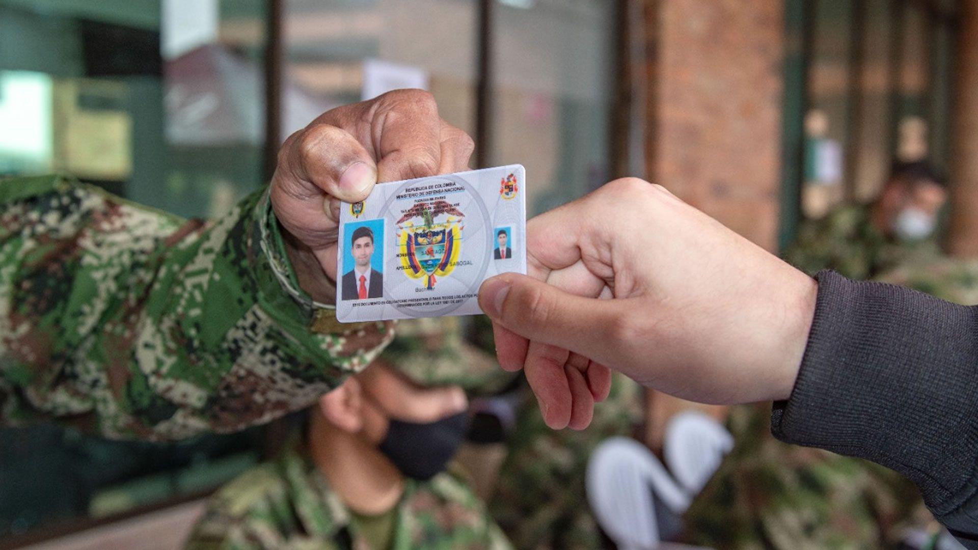 Defina su situación militar, prográmese con las jornadas especiales de amnistía para tramitar este documento en Colombia. Foto: MinDefensa.