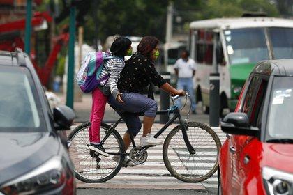 Los accidentes de tránsito redujeron un 53% entre marzo y abril, mientras que el exceso de velocidad fue la causa de muerte de 49 personas, entre ellas nueve ciclistas (Foto: AP Foto/Rebecca Blackwell)