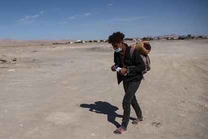 Un joven venezolano que decidió dejar su país (MARTIN BERNETTI / AFP)