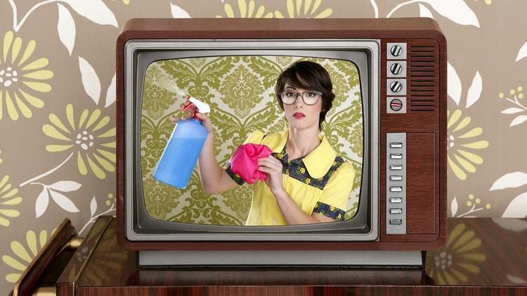 El 76% de las mujeres cree que las publicidades la muestran de manera desactualizada, según un nuevo estudio (Shutterstock)