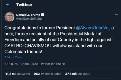 Presidente Donald Trump felicita a Álvaro Uribe / Twitter