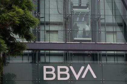 Algunas instituciones bancarias sí abren en sábado. (Foto: Cuartoscuro)