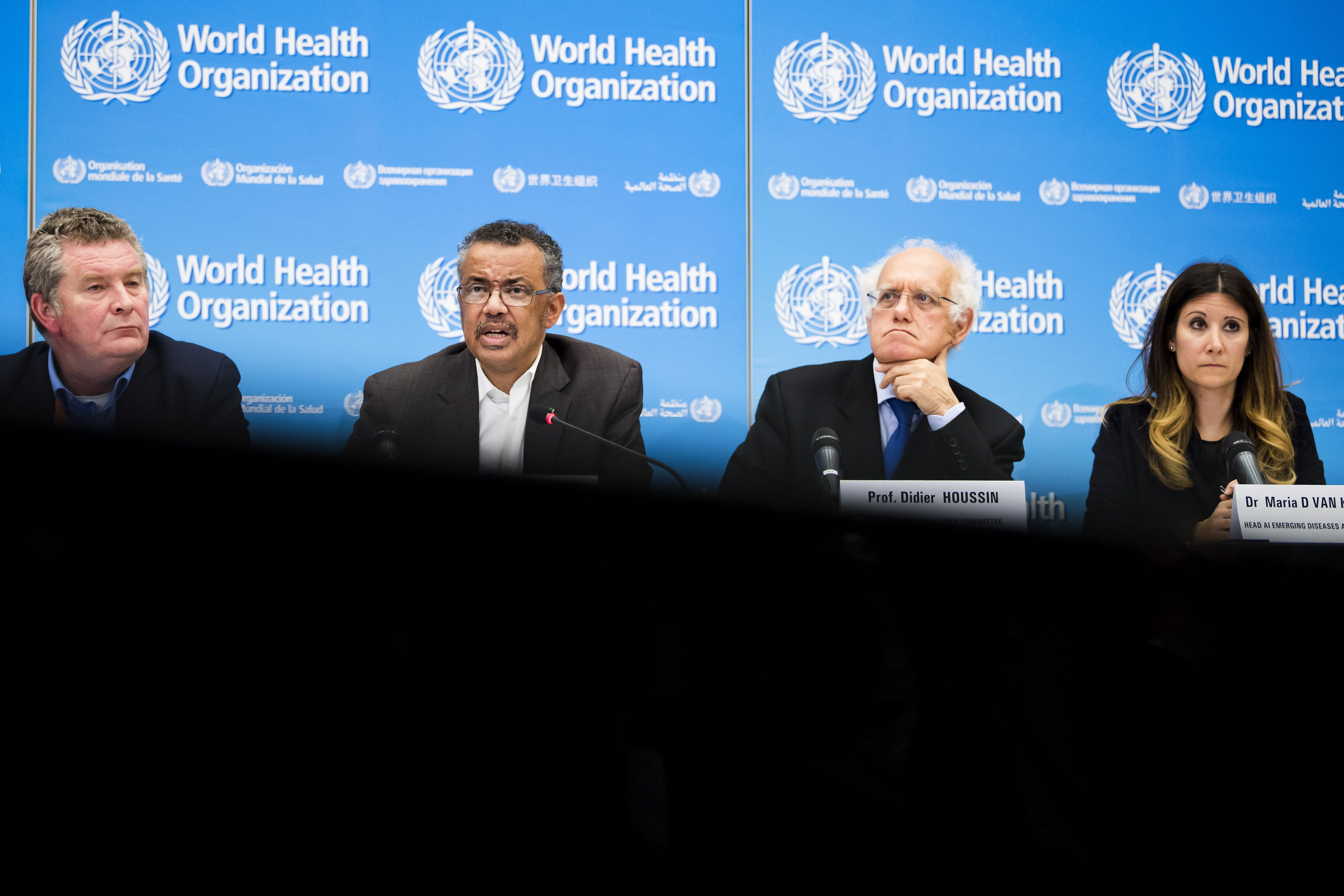 La OMS afirmó que no hay evidencia nueva cepa sea más grave o afecte vacunas (EFE/EPA/JEAN-CHRISTOPHE BOTT/Archivo)