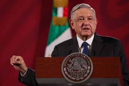 Andrés Manuel López Obrador, prometió el miércoles que su Gobierno investigará los contratos que obtuvo Plasti-Estéril, compañía fundada por Peña Nieto y su familia, durante el mandato de este. (FOTO: GALO CAÑAS /CUARTOSCURO)