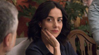 """Cecilia fue la primera actriz mexicana en ser nominada a un premio Emmy Internacional, por la serie """"Capadocia"""", de HBO. Tiene 46 años y un hijo con el actor Osvaldo de León. Tiempo atrás también fue pareja de Gael García Bernal"""