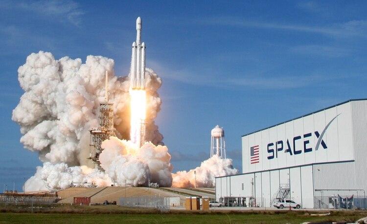 Unlanzamiento del Falcon Heavy desde Cabo Cañaveral (REUTERS/Thom Baur)