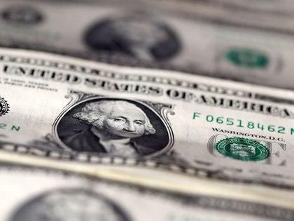 El dólar solidario de $ 91,50 hace tentador su reventa en otras plazas, donde puede venderse al menos a $120.