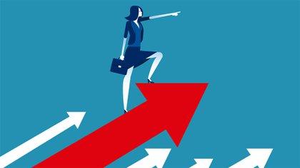 Las ganancias de la empresa y el desempeño de las acciones pueden ser casi un 50% más altos cuando las mujeres están bien representadas en la cima, según un estudio de McKinsey (Shutterstock)