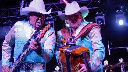 Lupe Esparza y Ramiro Delgado fueron fundadores de Bronco (Instagram: grupobronco)